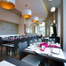 Pendant lighting for restaurants Wood Veneer Restaurant Lighting Webstaurantstore Types Of Restaurant Lighting Restaurant Lighting Ideas