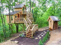 treehouse. Treehouse E