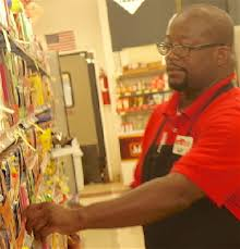 This Grocery Store Manager Gets Paid To Do What He Loves Texarkana