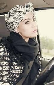 حجاب عصري وانيق images?q=tbn:ANd9GcT