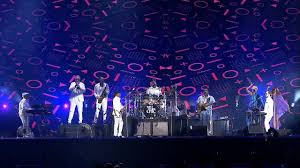 <b>Nile Rodgers</b> & <b>Chic</b> - Let's Dance & Le Freak - YouTube