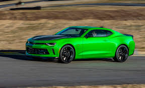 Chevrolet Camaro 1LE performance package returns for 2017 - CamaroSix