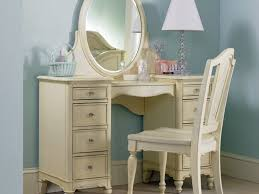 bedroom vanity sets white. Bedroom Vanity Sets With Lighted Mirror White Trends Picture A