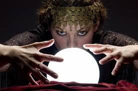 Resultado de imagem para bola de cristal