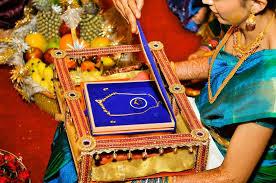 Saree Tray Decoration exclusive saree presenting tray Wedding packing Pinterest 15
