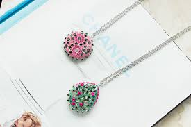 how to make sparkling clay pendant necklaces 1