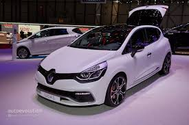 2015 Renault Clio RS 220 Trophy EDC Looks Very Impressive at ...