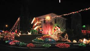 Everett Christmas Lights Everetts Fir Grove Neighborhood Lights Up For Charity