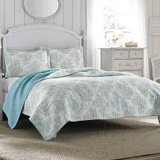 laura ashley r quilt set from beddingstyle com