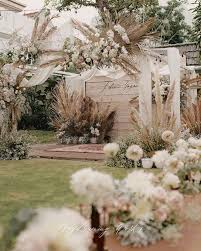 10 outdoor wedding decor ideas that