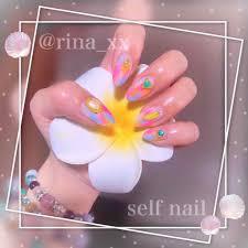 Rina On Lips セルフネイル夏っぽく塗りかけネイル