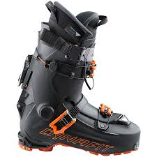 Super Light Ski Boots The 10 Best Ski Boots Of 2018 2019 Freeskier