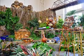seasons greenings roadside attractions train show at u s botanic garden