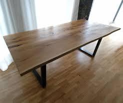 Baumtisch Mit Naturkante Trendy Esstisch Asteiche Mit Baumkante