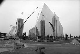 exterior of crystal cathedral in garden grove calif 1980