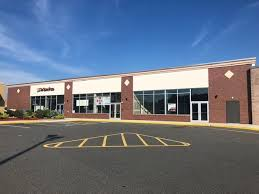 4 656 sf of retail space available in springfield ma