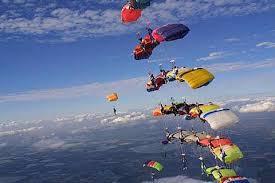 Resultado de imagem para dia do paraquedista