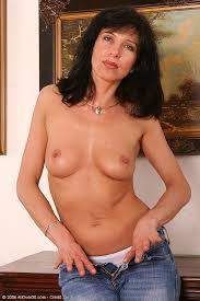 Brunette Milf In Blue Jeans Gets Naked For Pichunter