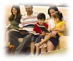 Resultado de imagem para Não basta dar aos filhos o que eles precisam, se não soubermos exortá-los e consolá-los corretamente na fé em Cristo