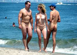 Naked couples beach pictures