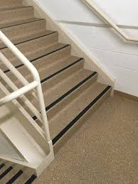 hospital stairwell with nora rubber treads tiles