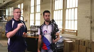 How To <b>Sight</b> In A <b>Compound Bow</b> - YouTube