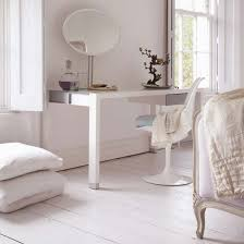 Wonderful 5 Contemporary White Dressing Tables To Get Ready For Your Day