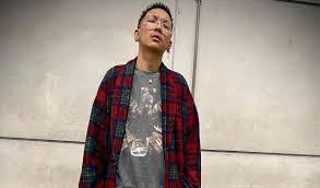 แจ๊ส ชวนชื่น ตลกดัง นักร้องนำวง แจ๊ส สปุ๊กนิค ปาปิยอง กุ๊กกุ๊ก   The  Thaiger ข่าวไทย
