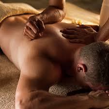 Massage homme par femme