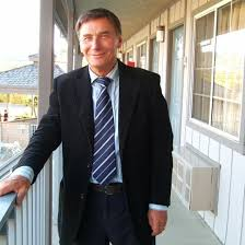 Adam Jakubski - consultant, International East Coast - GoldenLine.pl