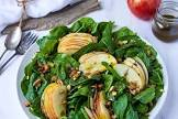 apple  mixed w fress  spinach middle eastern salad