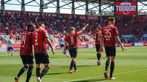 Willkommen auf der offiziellen webseite des fc ingolstadt 04. Fc Ingolstadt Gewinnt Auftaktspiel Gegen Uerdingen Br24