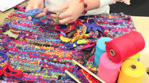 Fabric Rug Making Looping Together Sock Loops To Make Weft For A Rag Rug Youtube