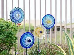 deco garden flowers diy idea glass blue plates