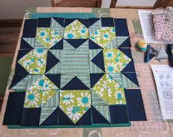Modern Quilters Ireland: Dutch Rose {Swoon} Blocks & Traditionally this block is made with diamonds and Y seams and lives in  catalogues under the 8 pointed stars with 45 degree diamonds sections! Adamdwight.com