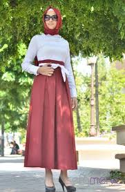 اروع الأزياء و الحيجابات للمحجبات ............ ماذا تنتظرين تفضلي images?q=tbn:ANd9GcT