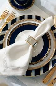 Blue And Gold Table Setting 17 Best Ideas About Gold Table On Pinterest Gold Tablecloth
