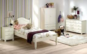 Richmond White Bedroom Furniture White Queen Bedroom Set Steens ...