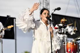 Is the fourth studio album by singer and songwriter jessie ware. Jessie Ware What S Your Pleasure Review Newly Groovy Singer Provides Dancefloor Ready Escapism London Evening Standard Evening Standard