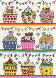 Rainbow Cup Cakes 14 Count Aida