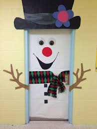 Best DIY Snowman Christmas Door Decoration Ideas