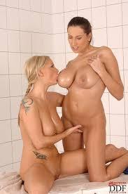 Big Tity Lesbians