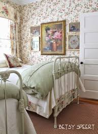 English Cottage Bedroom Ideas