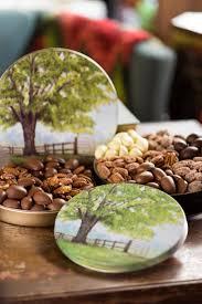 pecan tree tins