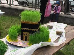 نتیجه تصویری برای سبزه شب عید 96 + تصاویر مدل سبزه سفره هفت سین عید نوروز سال 1396