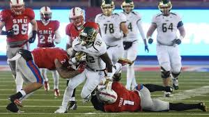 D'Ernest Johnson gives USF Bulls a smile and a spark