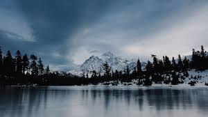 winter mac backgrounds ni37 frozen lake winter snow wood forest winter wallpaper