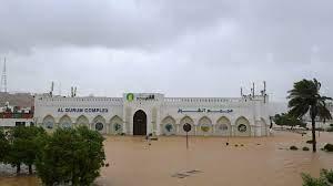 """مصرع تسعة أشخاص على الأقل في سلطنة عمان وإيران جراء إعصار """"شاهين"""""""