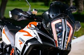 2018 ktm 1290 super adventure r. exellent super the super adventure r drips with other performance enhancing technologies  18u201d and 21u201d strengthened back front rims run tubeless tyres continental tkc  on 2018 ktm 1290 super adventure r