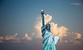 <b>New York Never Sleeps</b> | AVENUE